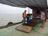 Cảnh sát bắt tàu chở 35.000 lít dầu không nguồn gốc