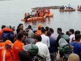 Ấn Độ: Lật thuyền du lịch khiến ít nhất 12 người chết