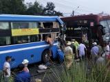 Kon Tum: 2 xe khách đâm nhau, nhiều người bị thương