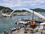 Sập cầu Đài Loan: 10 người nhập viện, 6 người mất tích