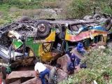 Xe khách lao xuống vách đá ở Peru, gần 50 người thương vong