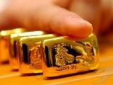 Giá vàng hôm nay 19/10: Vàng giảm nhẹ do hoạt động chốt lời