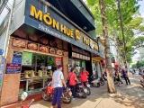 Các nhà đầu tư khởi kiện ông chủ chuỗi nhà hàng Món Huế