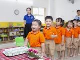 Những lợi ích thấy được từ chương trình sữa học đường