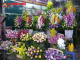 Thị trường hoa và quà tặng dịp 20/11 'tăng nhiệt'