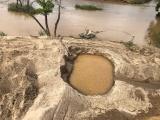 """Đắk Lắk: """"Cát tặc"""" đục khoét dòng sông Krông Nô (Kỳ 1)"""