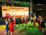 Du khách tại FLC Sầm Sơn mãn nhãn với đêm Lễ hội Văn hóa Lào