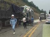 4 ôtô tông liên hoàn trên cao tốc Nội Bài - Lào Cai