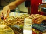 Giá vàng ngày 28/01: Vàng bùng nổ, nhà đầu tư lo ngại Virus corona