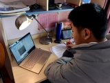 Nhiều trường tổ chức học trực tuyến để phòng dịch nCoV