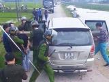 Hà Tĩnh: Bắt giữ ô tô chở 45 kg ma túy