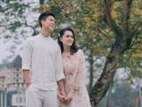 Sau bộ ảnh cưới với áo đấu, Duy Mạnh và vị hôn thê tung ảnh lãng mạn giữa tiết xuân