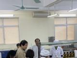 Trường ĐH Kinh doanh và Công nghệ Hà Nội sản xuất dung dịch sát trùng tay, phục vụ phòng chống dịch nCoV