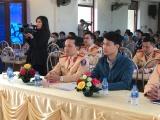 Phòng CSGT Bắc Giang tổ chức ký cam kết không chở hàng quá khổ, quá tải