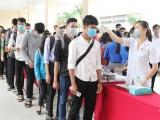 Nhiều trường Đại học thông báo cho sinh viên nghỉ tiếp