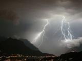 Dự báo thời tiết ngày 23/3: Cần đề phòng lốc, sét, mưa đá