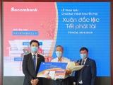 Sacombank trao thưởng thẻ tiết kiệm 2,5 tỉ đồng cho khách hàng