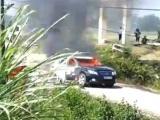 Thanh Hóa: Xe ô tô chở đoàn cán bộ Sở Xây dựng bốc cháy trơ khung