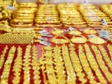 Giá vàng và ngoại tệ ngày 27/5: Vàng và USD quay đầu giảm