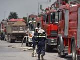 Cháy dữ dội khu nhà kho cảng Đức Giang, quận Long Biên