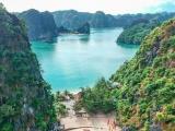 """Chẳng cần đi Âu đi Á, """"vịnh biển đẹp nhất thế giới"""" đang chờ bạn khám phá ngay hè này"""
