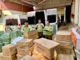 Lạng Sơn: Thu giữ nhiều sản phẩm nhập lậu và có dấu hiệu giả mạo