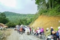 Điện Biên: Lật xe container tại 'điểm đen' Nà Lơi