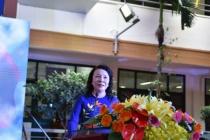 Trường THCS-THPT Nguyễn Tất Thành nhận cờ thi đua của Thủ tướng Chính phủ