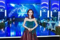 Hoa hậu Việt Nam Diệu Hoa diện váy Hoàng Hải trẻ trung trong vai trò giám khảo