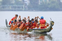 Lễ hội Bơi chải Thuyền rồng Hà Nội mở rộng năm 2019 thu hút hàng vạn du khách