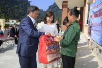 Từ cô gái nghèo người dân tộc trở thành doanh nhân thành đạt nhờ lỗ lực bản thân
