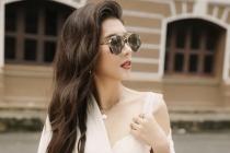 Hoa hậu Dương Yến Nhung phối đồ đầy ngẫu hứng, tung tăng dạo phố