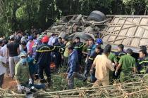 Kon Tum: Xe khách lao xuống vực, 7 người tử vong và hàng chục người bị thương nặng