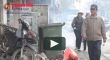 Hà Nội: 'Lô cốt bốt điện' tràn vỉa hè, thách thức sự an toàn của người đi bộ