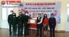 Thương hiệu và Pháp luật trao tặng khẩu trang và đồ bảo hộ y tế cho tuyến đầu chống dịch