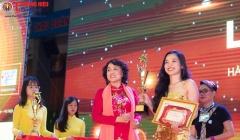 Cô gái trẻ Huỳnh Thị Khả My xuất sắc đạt giải nhất - Phun thêu thẩm mỹ