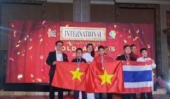 Việt Nam giành 2 HCV cuộc thi 'Tìm kiếm tài năng Toán học quốc tế'