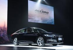 Honda Accord 2019 lộ giá bán hấp dẫn, thách thức Toyota Camry