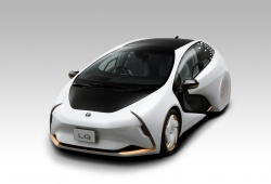 Lexus LQ concept mới biết tương tác với tài xế