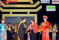 Nghệ nhân Nguyễn Viết Thạnh - Người 'giữ lửa' làng nghề Sơn Đồng