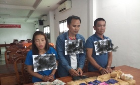 Kon Tum: Bắt 3 đối tượng vận chuyển 60.000 viên ma túy qua biên giới