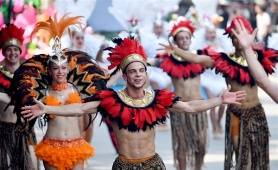 """Kỷ niệm """"20 năm Thành phố Vì hòa bình"""", Sun World đưa Carnival sôi động về Hà Nội"""