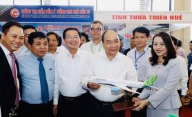 Bình Định trao Giấy chứng nhận đăng ký đầu tư cho 15 dự án với tổng vốn trên 36.000 tỷ đồng