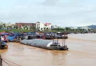 Móng Cái: Mưa lớn gây ngập nặng, một người mất tích