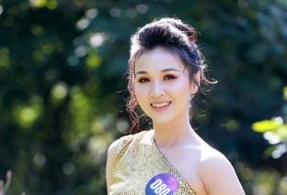 """25 thí sinh """"Người đẹp xứ Mường 2019"""" quyến rũ trong trang phục dự tiệc cocktail"""