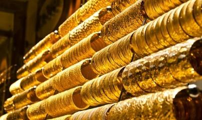 Giá vàng ngày 8/12: Vàng trong nước đồng loạt ngược chiều thế giới
