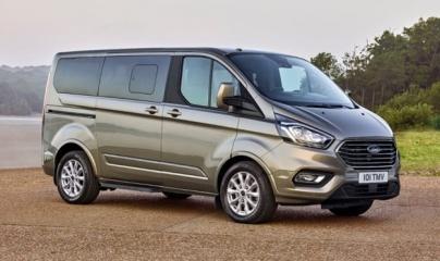 Ford Tourneo ra mắt, chốt giá từ 999 triệu đồng tại Việt Nam