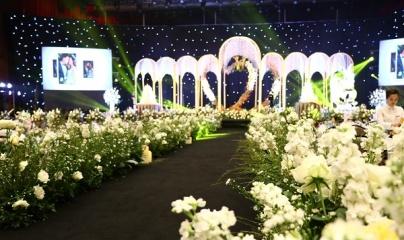 Không gian tiệc cưới như cổ tích tại FLC Hạ Long - Khách sạn Hội nghị hàng đầu châu Á