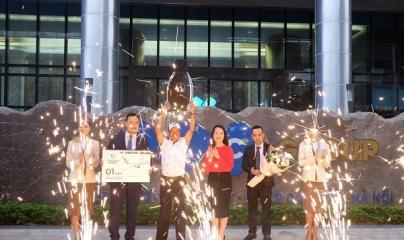 Giải Bamboo Airways 18 Tournament: 4 xe Mercedes trị giá gần 10 tỷ đồng đến tay golfer ghi HIO