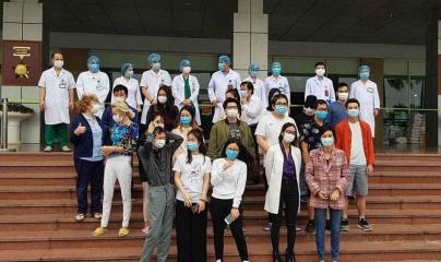 Hôm nay 30 bệnh nhân nhiễm Covid-19 được xuất viện